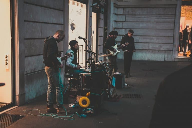 Advice for Bands Starting Out – A guide to success is music